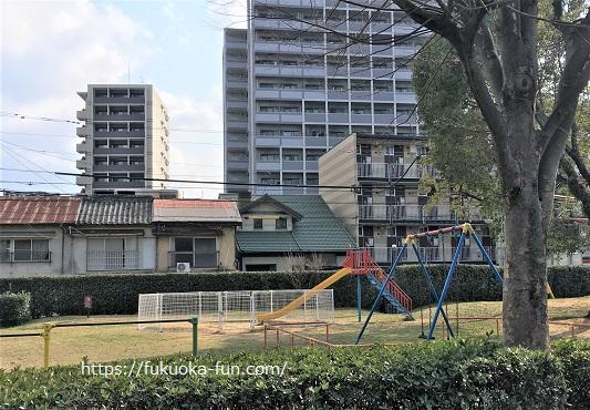 幼児 遊具 公園 福岡
