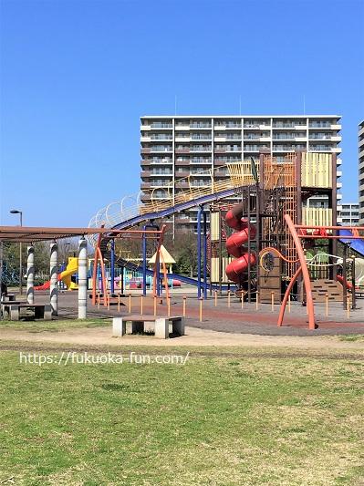 遊び道具が多い公園 福岡